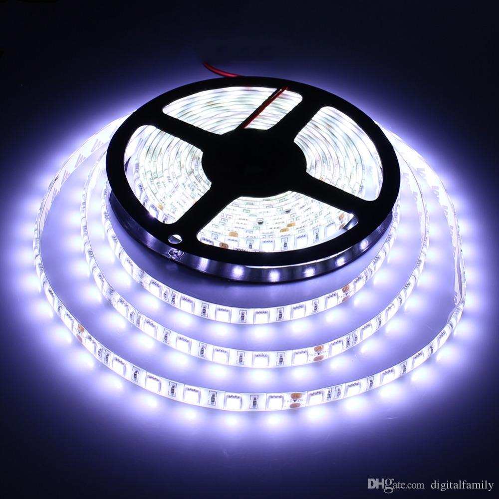 La bande LED RGB 5M SMD 5050 60LED / mètre flexible étanche IP65 24Key Télécommande IR LED Controller 5A Alimentation US EU UK AU bouchon pour Noël