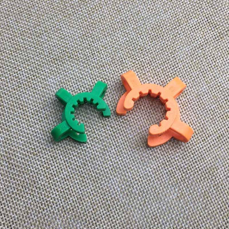 14mm 19mm en plastique Keck clip K-clips laboratoire Lab Pince clip en plastique Serrure pour verre Bongs Pipes eau Adaptateur Nectar Collector