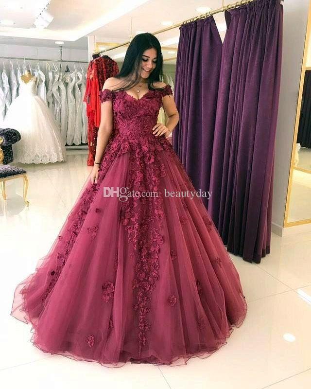 Borgonha Vestidos de Baile 2020 Borgonha Formal Desgaste da Noite Festa Pageant Vestidos Fora Do Ombro Dubai 2k17 3D-Flores Contas de Tule Barato Do Vintage