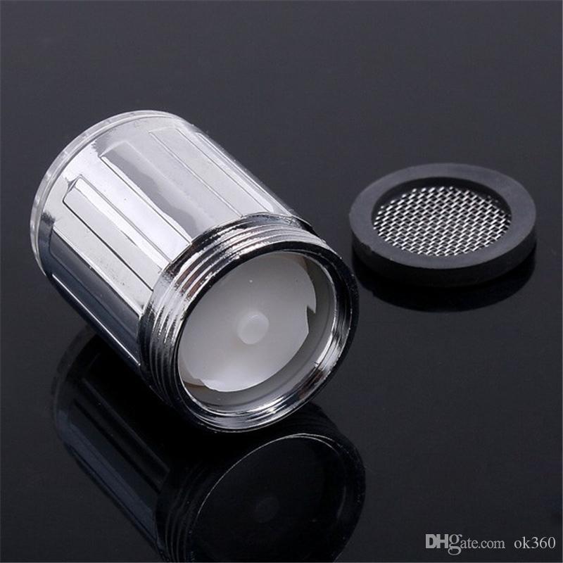 7 Cores LED Água Cabeça de Chuveiro Brilho de Luz LED Torneira Com Adaptador Para A Maioria Da Torneira Torneira Do Banheiro Da Cozinha