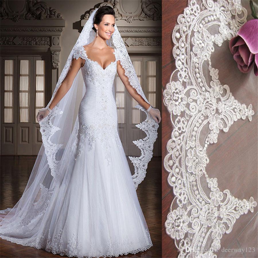 Beyaz / Fildişi 3 M Katedrali Uzunluğu Dantel Kenar Uzun Gelin Baş Peçe Ile Tarak Düğün Aksesuarları velos de novia