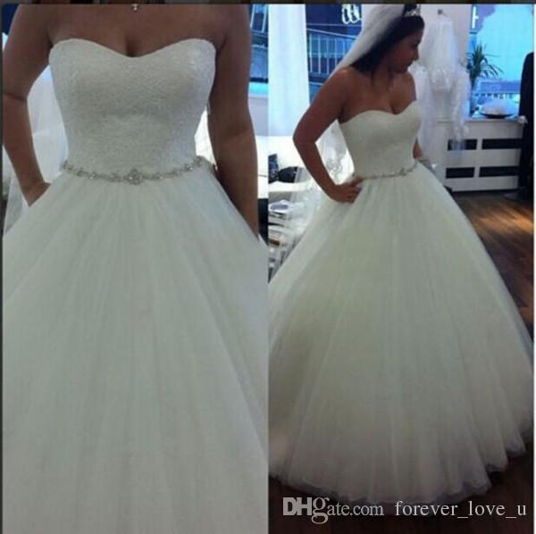 2016 Wedding Dresses Simple Classic Ball Gown Soft Sweetheart Strapless Lace Top Tulle Skirt Crystals Belt Bridal Gowns Floor Length