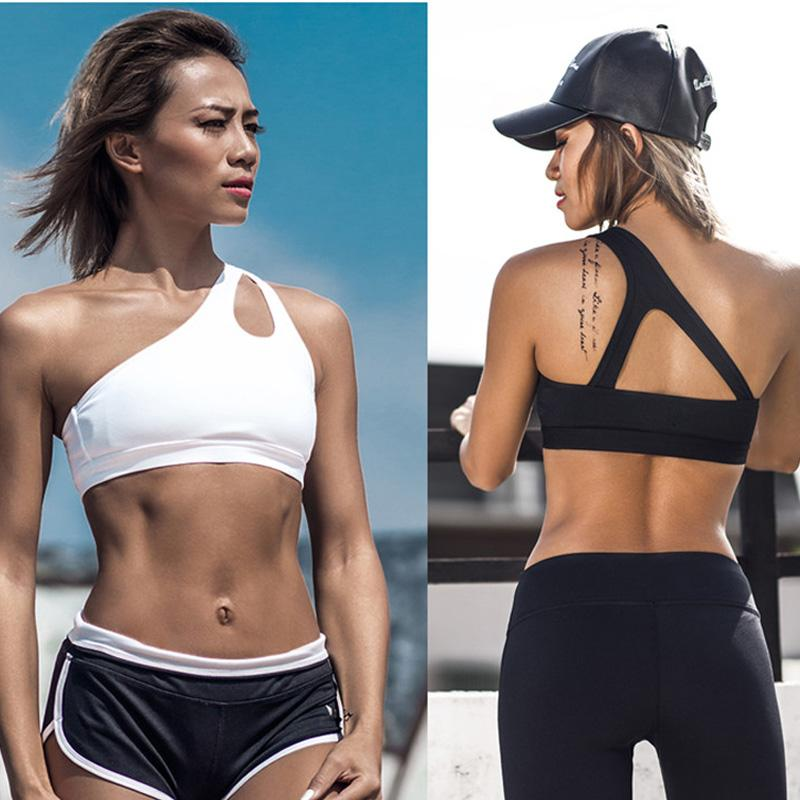 0e7ea49a3dd27 2019 2017 Sexy One Shoulder Solid Sports Bra Women Fitness Yoga Bras Gym  Padded Sport Top Athletic Underwear Workout Running Clothing From  Interfly168