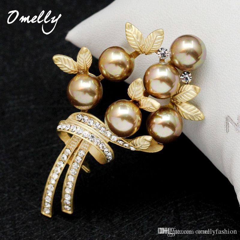 High Quality Rhinestone Black Pearl Leaf Flower Brooches Pins ... a3494de0d4f6
