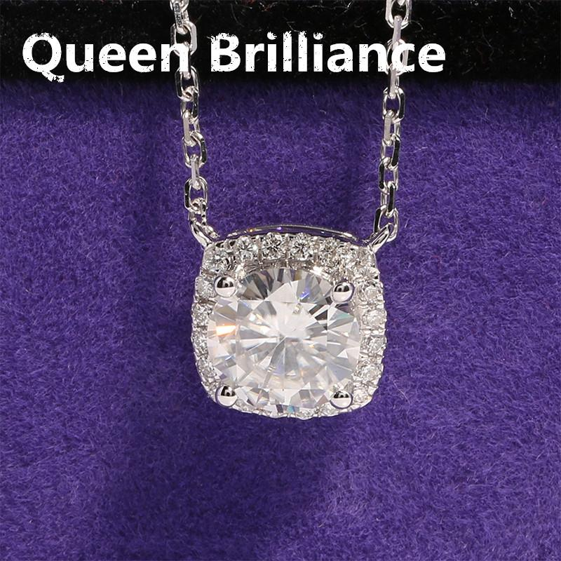 Wholesale queen brilliance solid 18k 750 white gold 1 ct f color wholesale queen brilliance solid 18k 750 white gold 1 ct f color moissanite diamond pendant necklace with real diamond accents for women q171026 diamond aloadofball Gallery