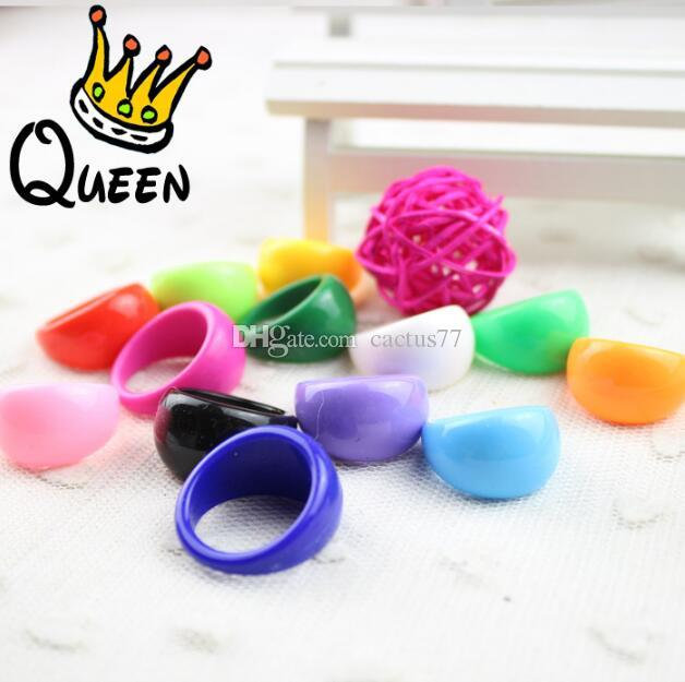 New Fshion 100PCs Acrylic candy Rings Lovely resin Plastic rings children favor party jewelry rings wholesale job lots mixed Size