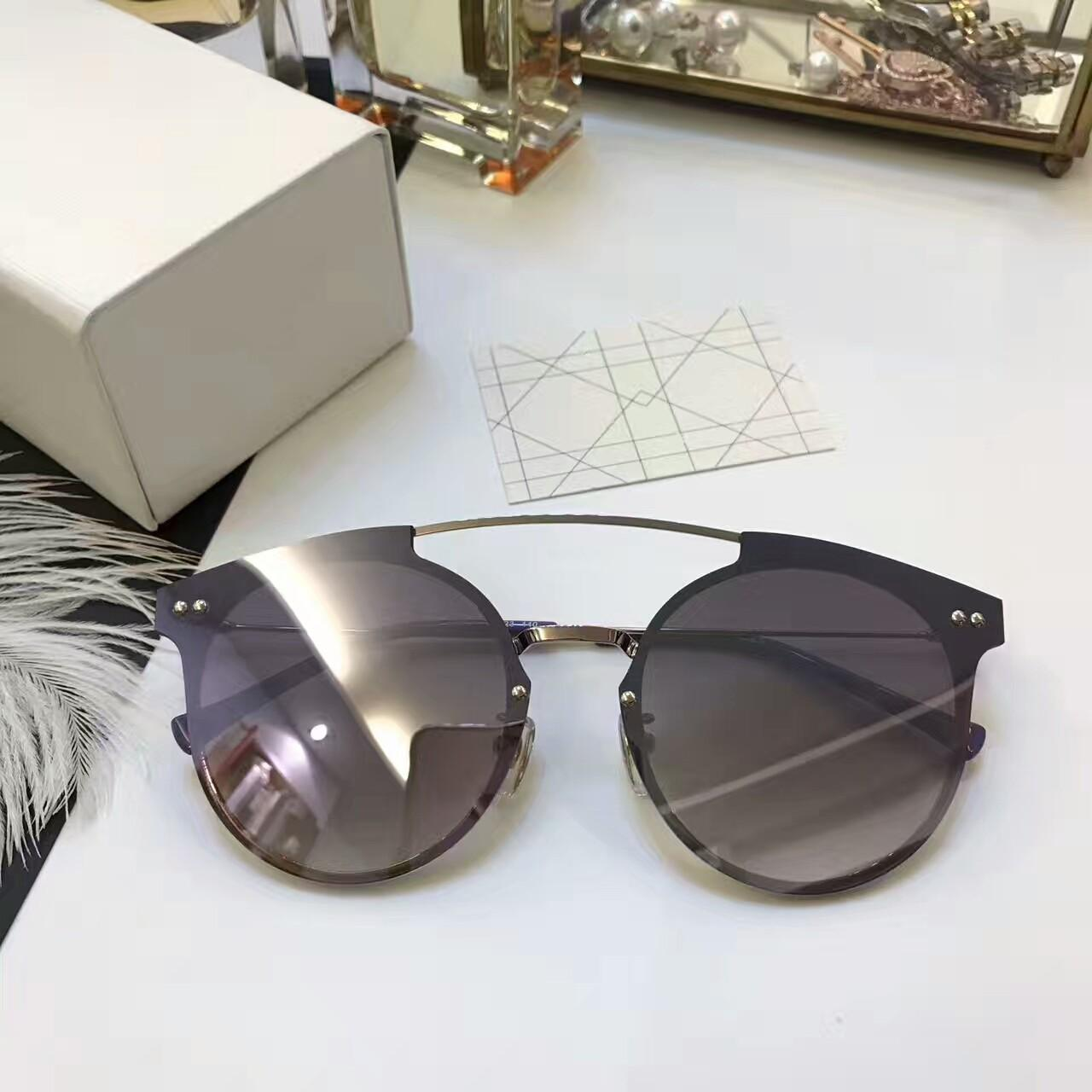 1d493c4041460 Compre Marca Mujer Gafas De Sol Gafas De Sol Para Hombres Marca Gafas De Sol  Para Mujer Gafas De Sol De Diseño Estilo 2017 Nueva Lente De Lujo Estilo  UV400 ...