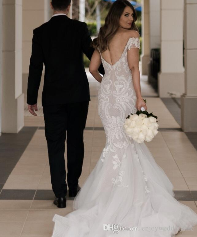 2017 New Off the Shoulder Mermaid Wedding Dresses Sexy Backless Lace Appliqued Organza Beach Wedding Gowns Long Vintage Bridal Gowns
