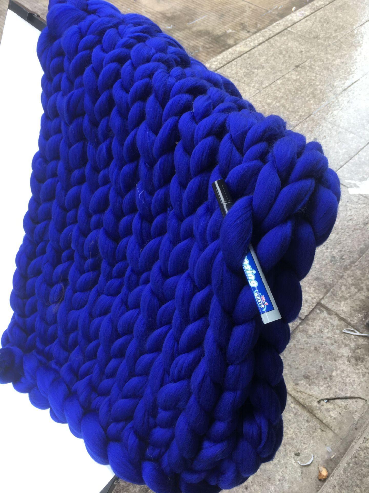 بطانية من الصوف الدافئة مكتنزة حك بطانية سميكة نسج غزل الصوف ميرينو ذات الحجم الكبير يدويا مكتنزة محبوك البطانيات 14 لون WX9-18