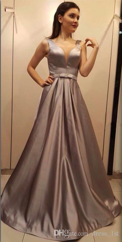 Klassische 2017 Sheer V-Ausschnitt elastische Seide wie Satin Abendkleider Abendkleid Günstige Zip zurück mit Sash lange Kleider Party Abend EN111416