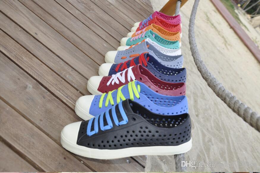 premium selection 57337 ce875 2017 estate uomini Native Jefferson Fashion Lovers Hole Shoe Sandali piatti  di marca Casual Native scarpe da spiaggia Sandali
