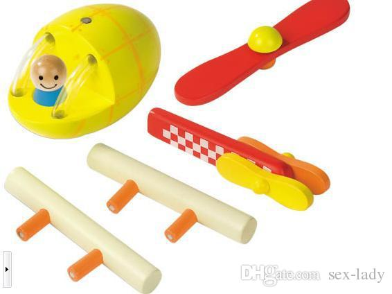 Fábrica de brinquedos de madeira por atacado magnética remoção de aeronaves modelo de montagem, foguetes foguete três brinquedos educativos para crianças