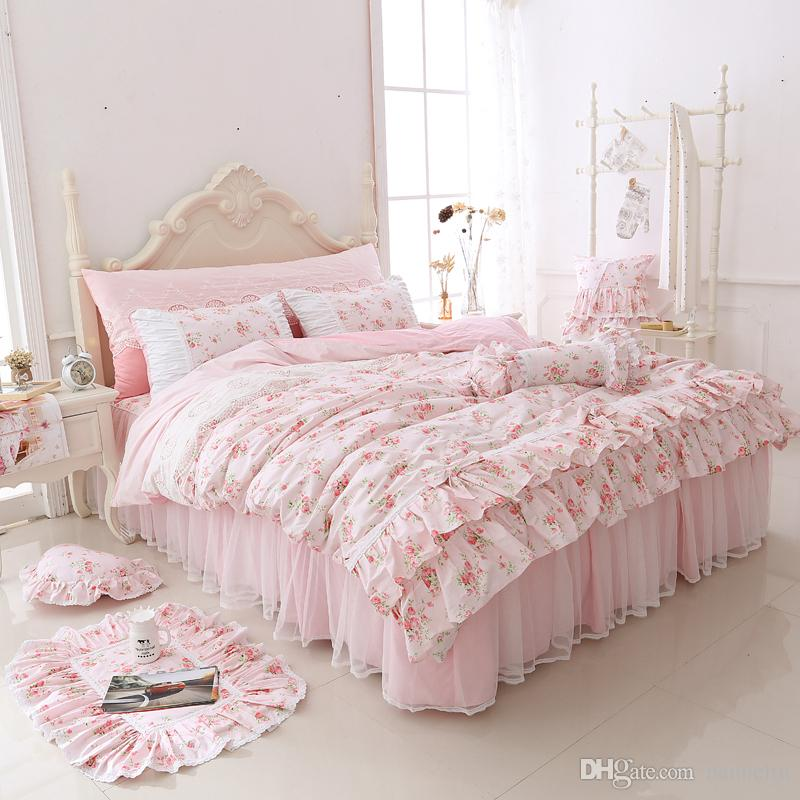 2018 Newest Duvet Cover Bedding Set Printing Flower Korean Style Bed Skirts  Contton Bedding Set Womens Bedroom Bedding Factory Outlet Cheap White Duvet  ... b39a8b77bc
