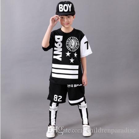Compre 2017 Niños Traje De Deportes Niño Chándal Ocasional Niños Hip Hop  Ropa De Baile Niños Primavera Ropa Fresca Moda Negro Blanco A  23.12 Del ... 92cb0f65983