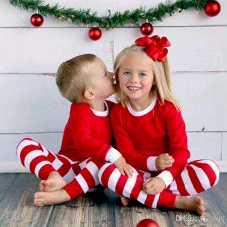 Christmas Home Clothes Sets Xmas Family Pajamas Striped Men Women Children Sleepwear T-shirt Pants Suits Red Green Stripe