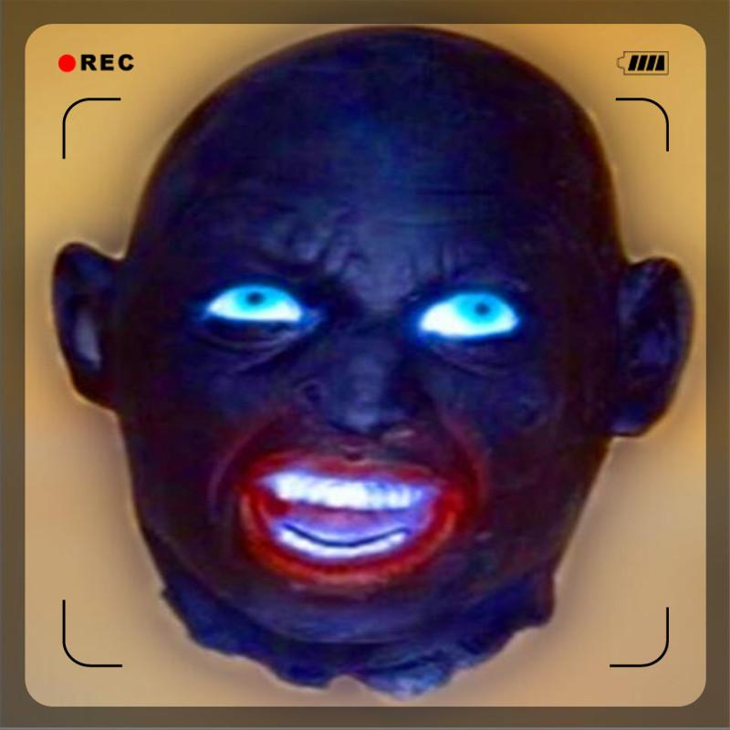 Großhandel Top Scary Party Maskerade schwarz und weiß Vergänglichkeit gebrochen tot Hand Latex Halloween Maske Charme Spukhaus Prop Ghost Zimmer