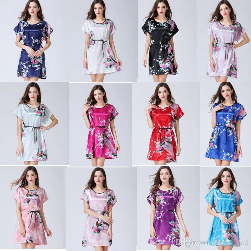 c7fa187394 2019 Peacock Bath Robe Floral Bathrobe Kimono Short Payamas Wedding Bride  Bridesmaid Night Dress Women Silk Stain Gown Nightwear Sleepwear B2695 From  ...