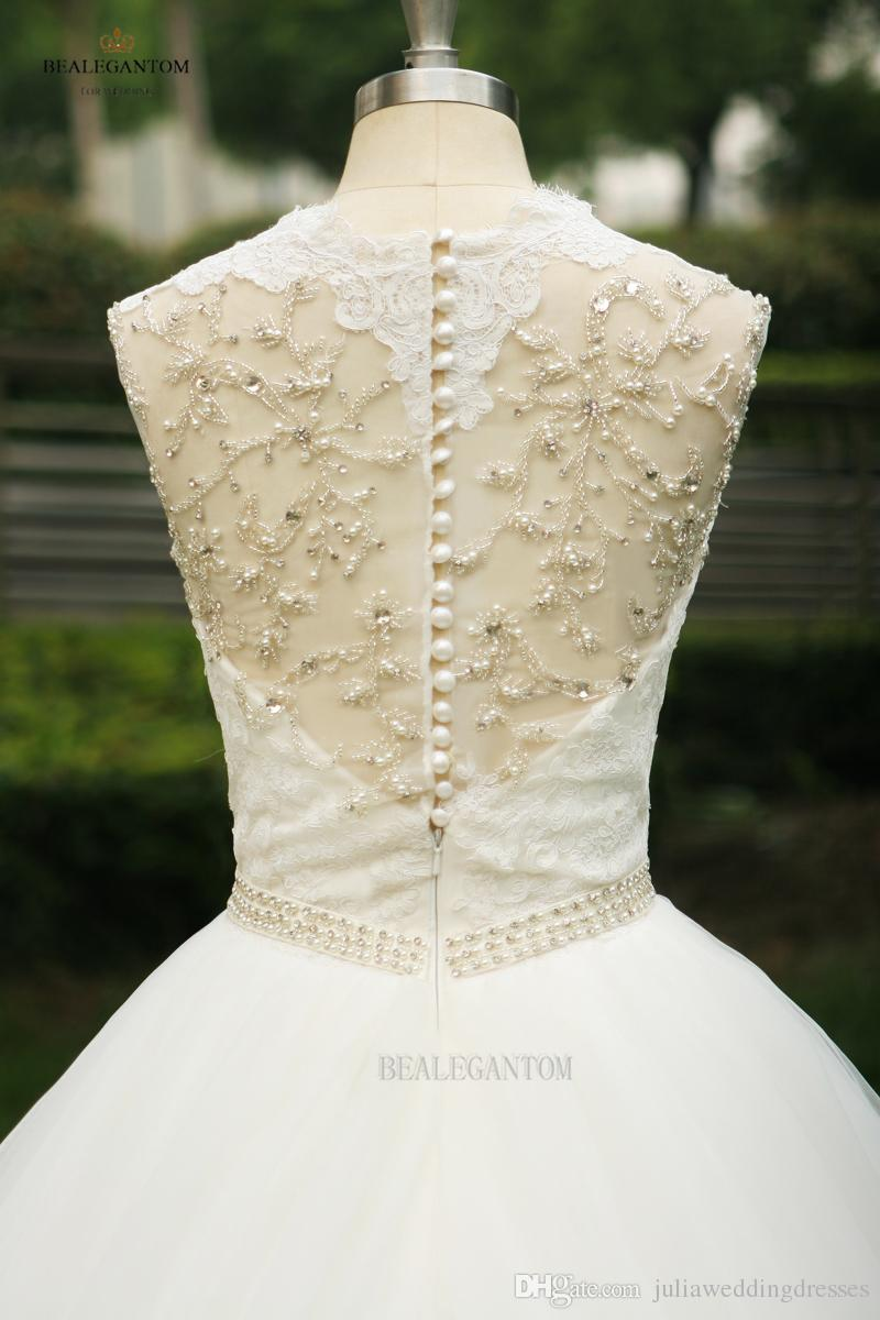 2017 New Real Photo V-Neck White Lace Ball Gown Wedding Dresses Organza Appliques Beaded Cheap Vintage Plus Size Bridal Gowns BM30