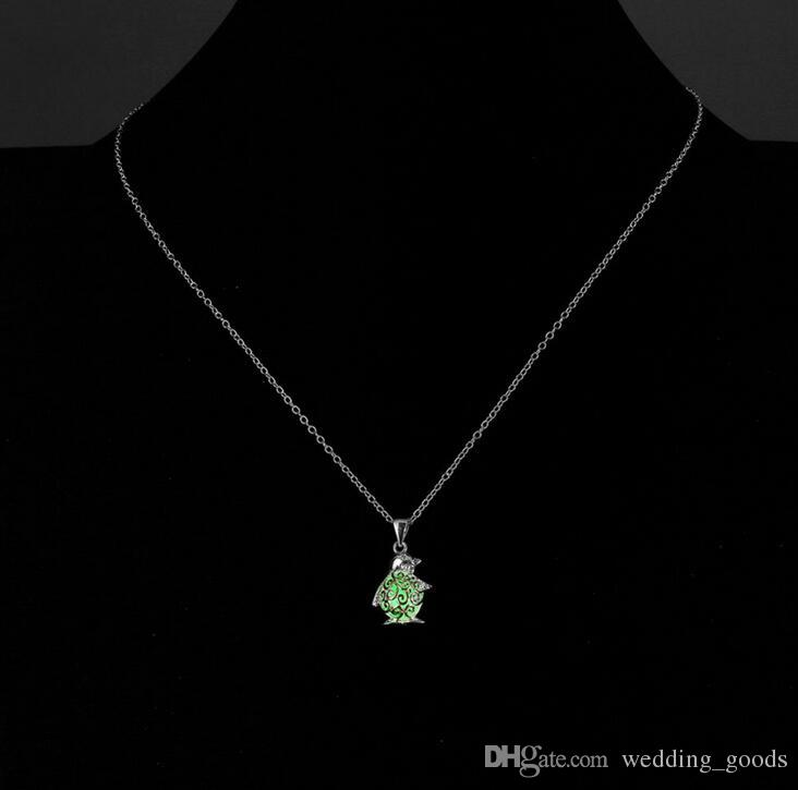 High quality Jewelry fashion penguin luminous necklace 2017 burst hot models WFN156 with chain a