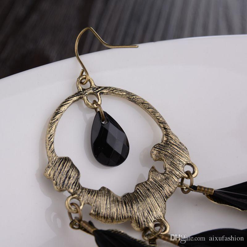 Europa pendientes de venta caliente Bohemia de la moda retro negro gema pluma stud pendientes chapado aleación mujeres pendientes joyería venta al por mayor