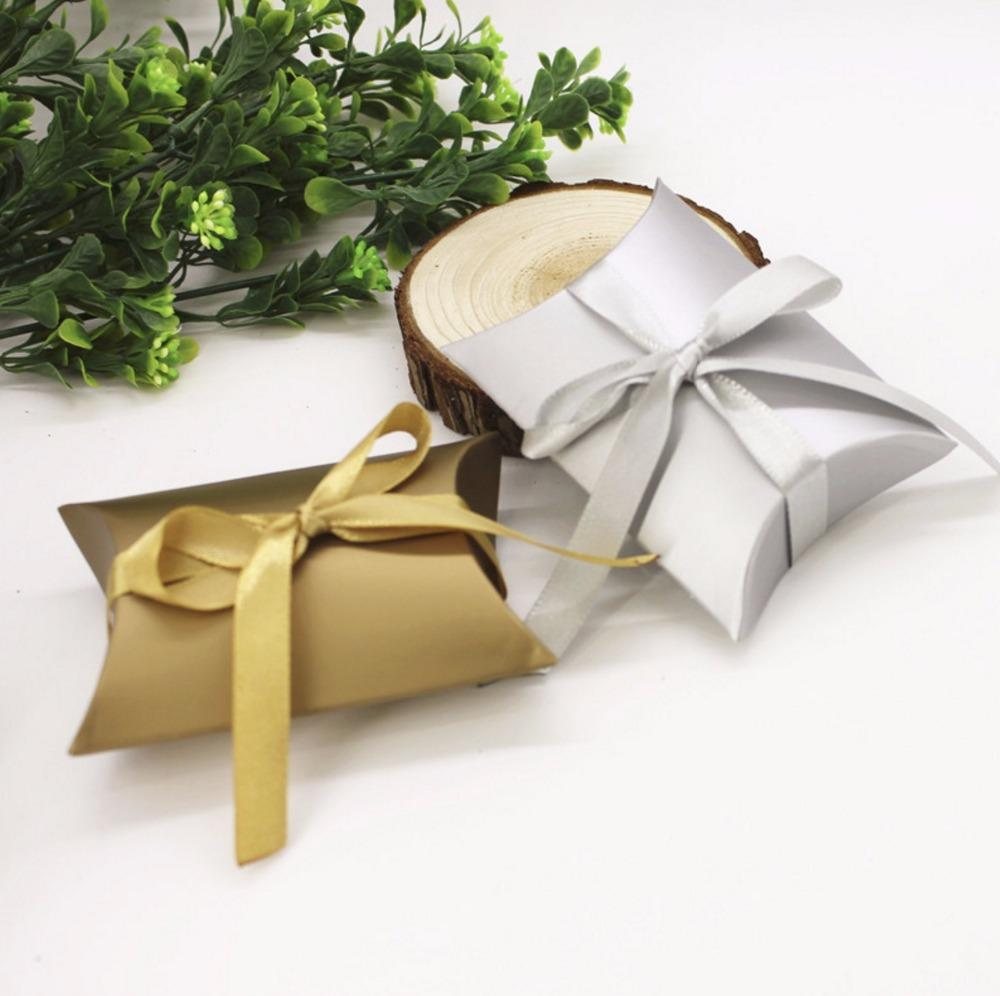 Pillow Style Gold / Silver Paper Wedding Favors Candy Boxes With ...