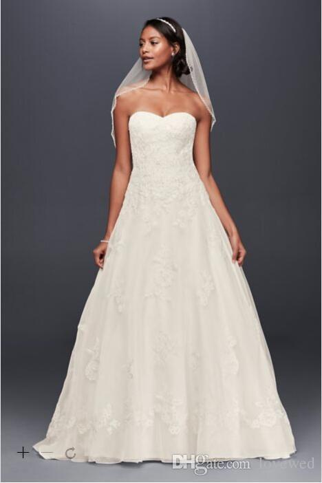 A line lace wedding dress sweetheart