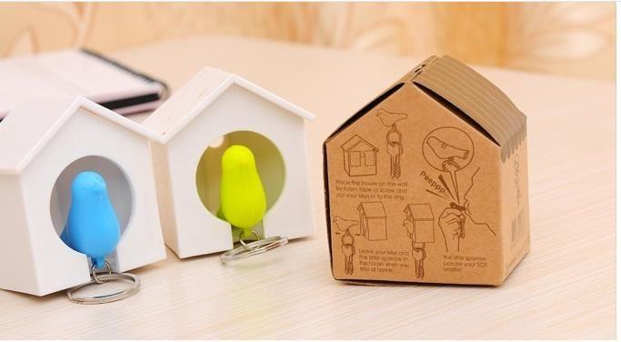 Beste HEIßER 100 stück Neue Heiße Vogelnest Sparrow Haus Schlüsselanhänger Ring Kette Wand Haken Halter Kunststoff Pfeife