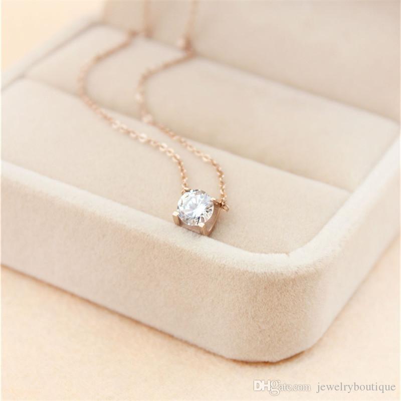 acciaio Miglior collana pendente prezzo 316L titanio con sveglia eccellente Lucky One grande diamante quadrato le donne di monili di nozze regalo PS5032