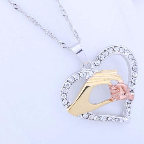 Mother And Child Pendant Gift For Mom Golden Mom Charm Necklace Hand Heart Love Mom Family Crystal Necklace Jewelry