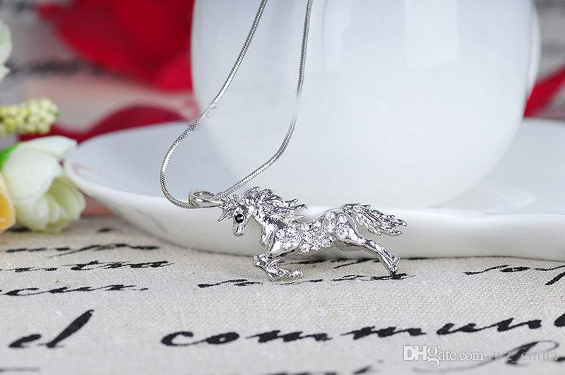 Animal Horse Pendant Necklace for Women Fashion New Austiran Crystal Jewelry Alloy Horse Pendant Necklace High Quality