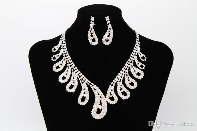 2017 Shiny Bridal Jewelry Wedding Bridesmaid Rhinestone Accessories Necklace and Earring Ear Stud Sets Women Crystal Jewelry Set for Party