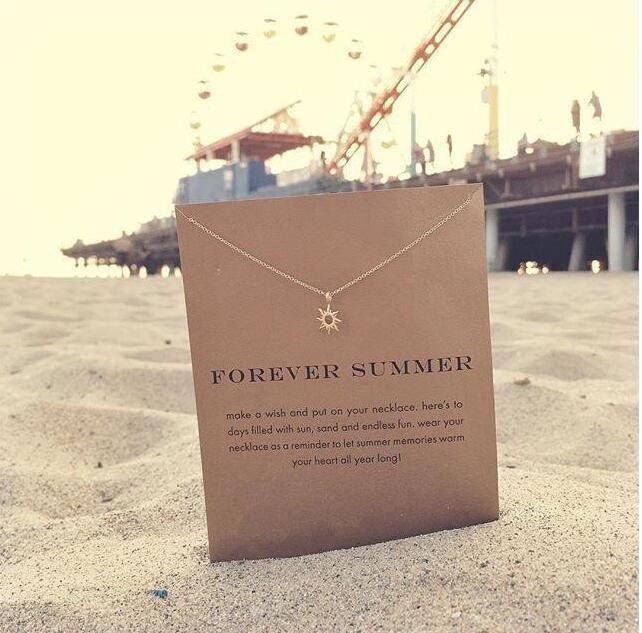 Con tarjeta linda Dogeared collar con sol colgante noble y delicada collar corto de oro joyería regalo para ella