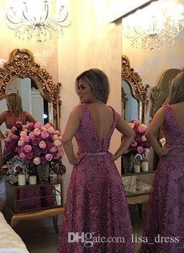 Abiti da sera lunghi in pizzo sexy 2017 Piazza collo in rilievo abiti da sera formale con Sexy Backless Prom Party Dress in vendita