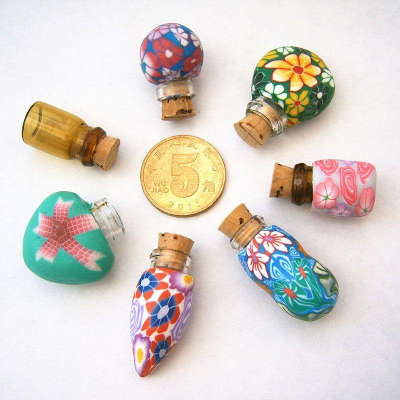 Creative MINI 0.5ml Fimo Clay Botella de perfume con tapón de madera Aceite Esencial Botellas rellenables Colgante Collar Regalos Premium ZA3434
