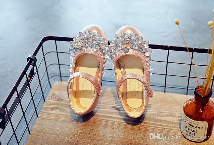Çocuklar en iyi fiyat ile en kaliteli ayakkabı reçine taş güzellik PU kız moda rahat ayakkabı bebek kız elbise ayakkabı