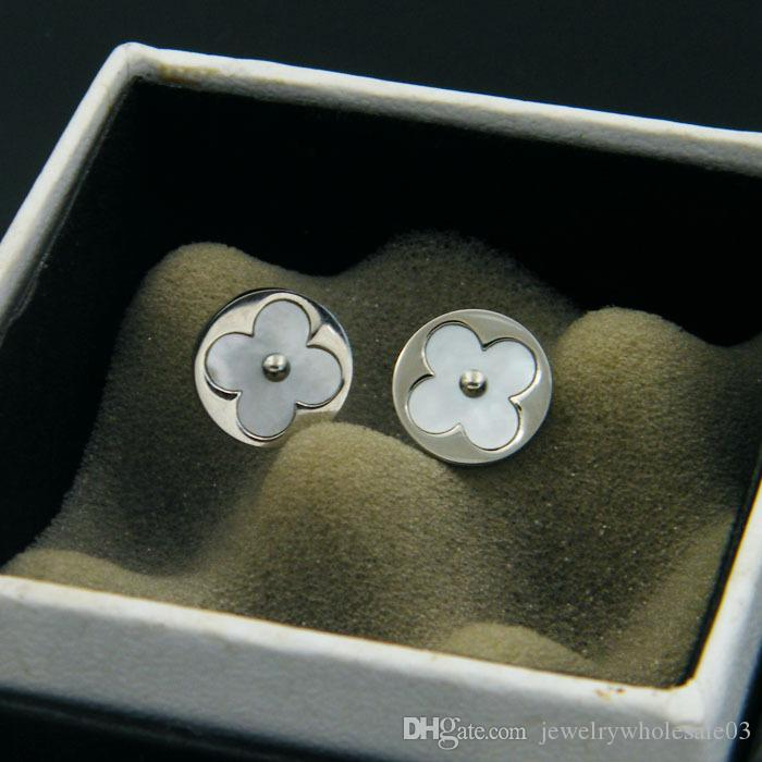 Foreign trade in high-end jewelry wholesale steel rose gold earrings beautifully quatrefoil Round Earrings color shell