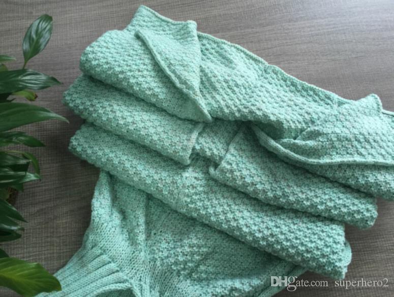 Mermaid Tail Sofa Decke Superweiche warme Hand gehäkelt Strickwolle Schlafsack für Erwachsene Kinder Geschenk Kostüm Cosplay Requisiten