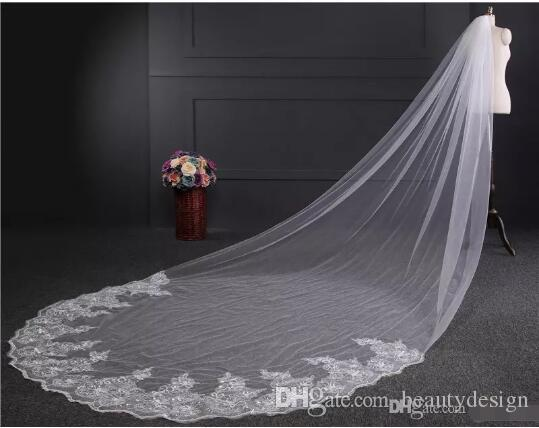 2017 Luxury 4 Meters Long Bridal Veils Lace Sequins with Comb Applique Edge Wedding Veils Cheap Bridal Accessories