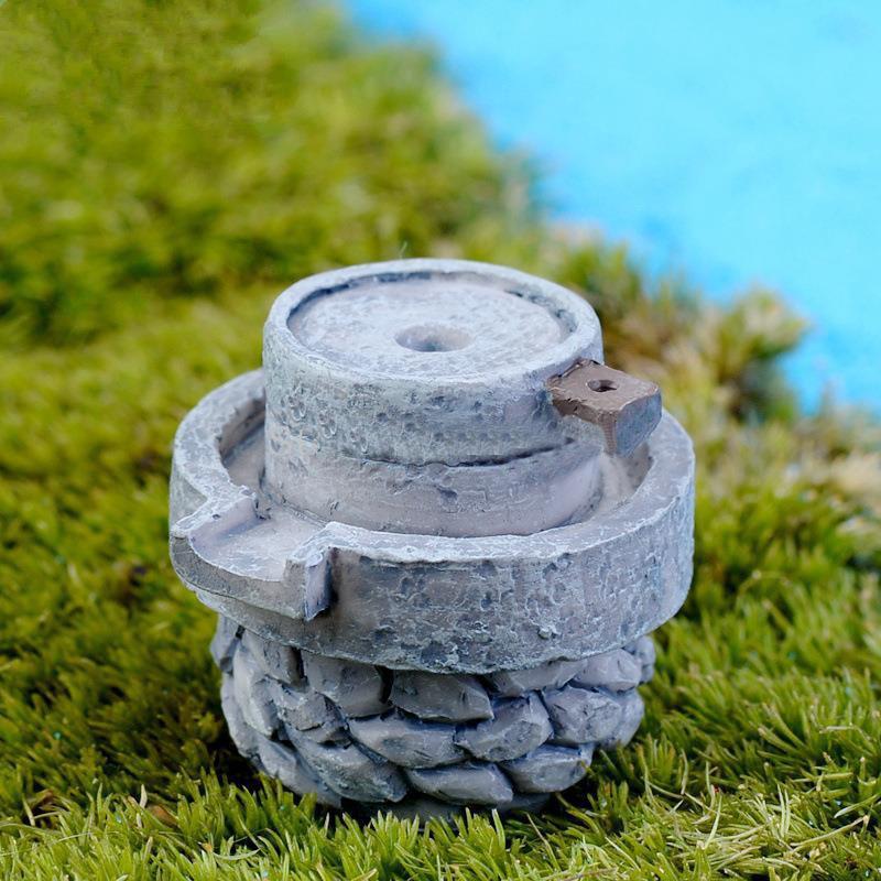 1 Unids Venta Limitada Mini Simulación de Resina Molino de Piedra Jardín de Hadas Miniaturas Gnome Moss Decoración de Terrarios Artesanía Bonsai Hogar Para DIY