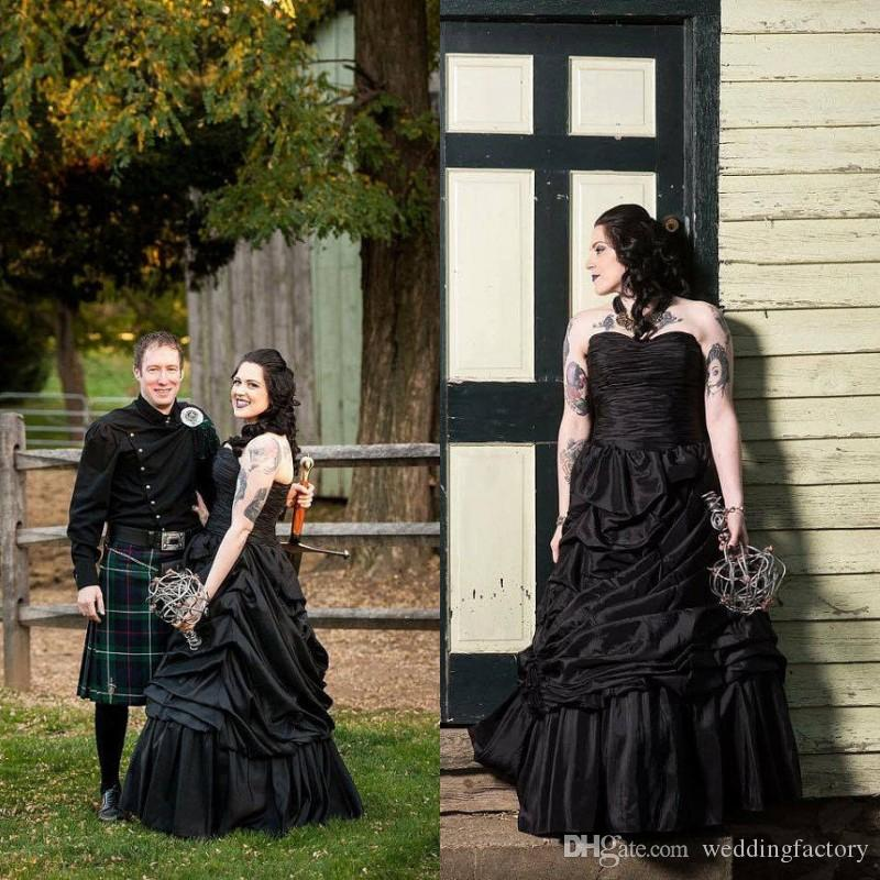 Discount Vintage Black Gothic Wedding Dress Sweetheart Sleeveless Ruched  Draped Halloween A Line Wedding Dresses Country Bridal Gown Floor Length  One ... 996a49e125ad