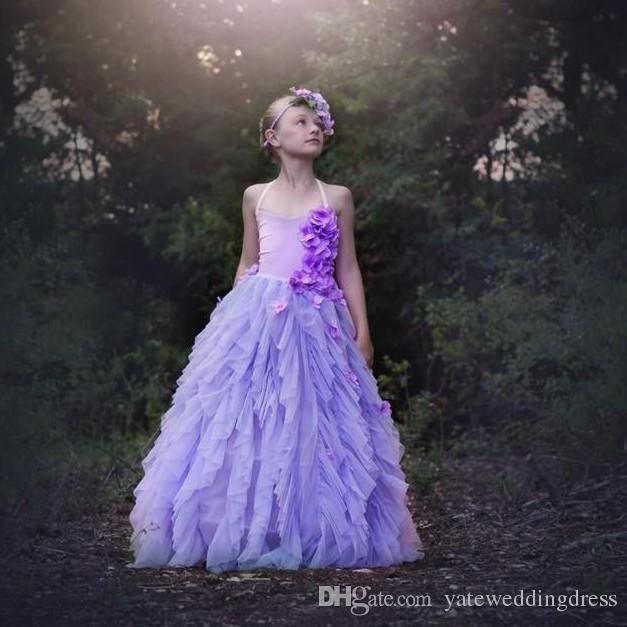 Lavenda bloem meisjes jurken v-hals terug kruis criss kleine meisjes jassen met handgemaakte bloemen tiered ruche op maat gemaakte prinsesjurken
