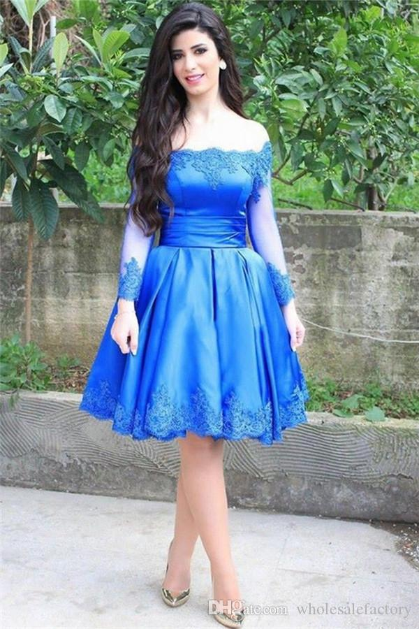 Royal blue Short Homecoming Dress with Long Sleeve Bateau Neck Party Dress Off the Shoulder Knee Length Prom Gowns with Lace Decals Newest