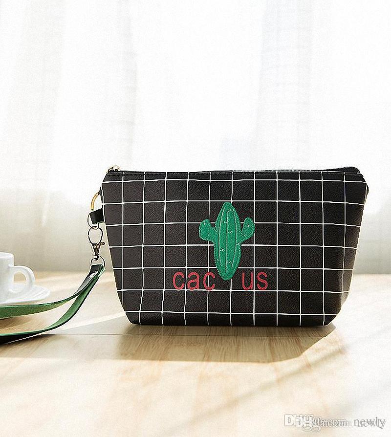 258675b359dc Cute Women Cosmetic Bag Travel Makeup Case Zipper Plant Cactus Make ...
