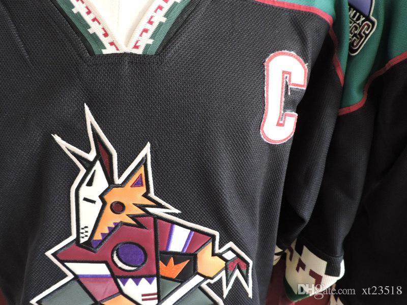 Herren Arizona Coyotes JEREMY ROENICK Eishockeytrikots # 7 KEITH TKACHUK # 27 TEPPO NUMMINEN PHOENIX COYOTES 1990er Jahre Black Classic Vintage Jersey