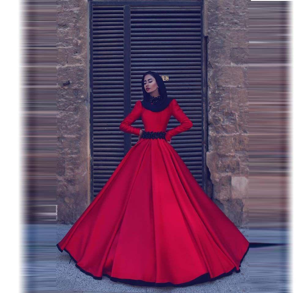 Abiti da sera musulmani a maniche lunghe rosse Collo alto A Line Abiti da ballo con cintura in rilievo Lungo treno Arabia Saudita Dubai Abiti da cerimonia convenzionali