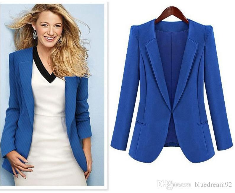Compre Primavera Y Otoño Trajes Para Mujer Nuevas Señoras Chaquetas Blazers  Traje Pequeño Mujeres Negro Azul Con Cuello En V Chaqueta Elegantes Trajes  De ... a626a74eef98