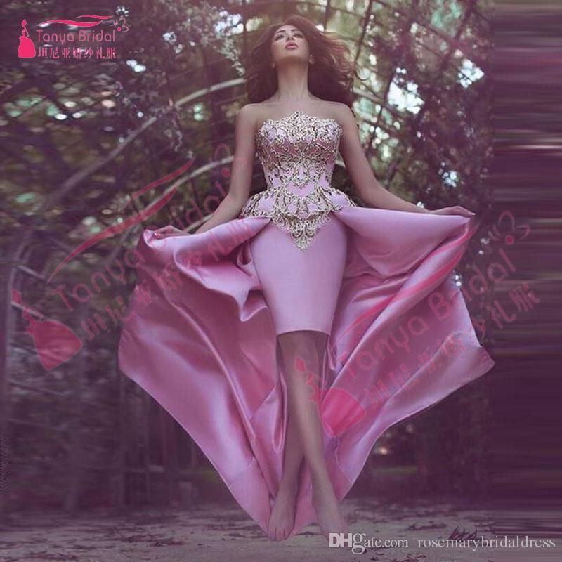 Strapless Lindo Elegante Vestidos de Baile Africano bainha Curto Vestido com Overskirts Rosa com Apliques de Ouro Elegante Evening Partido Vestidos