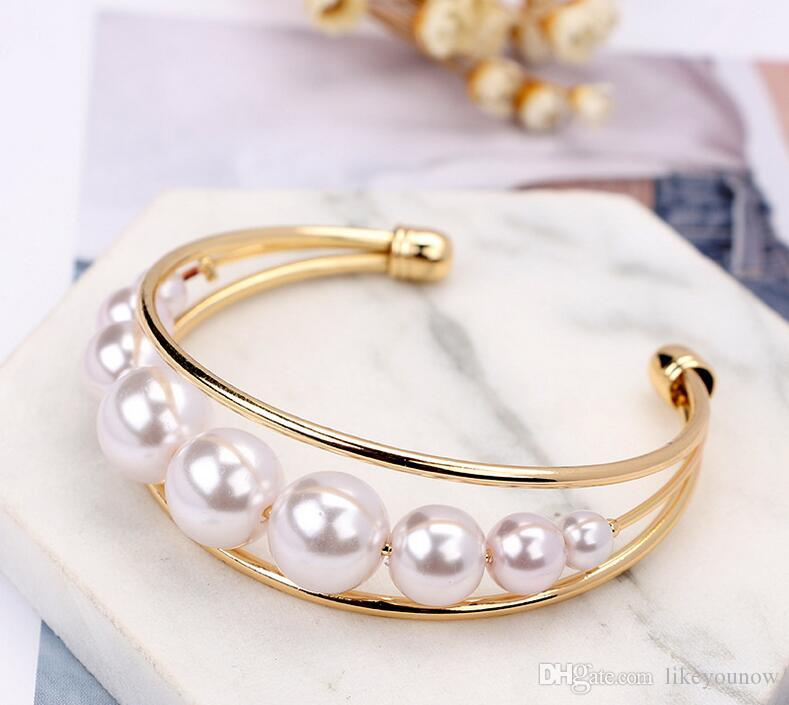 2017 alloy inlaid pearl bracelet A row of pearl bracelet Hollow out contracted foreign trade alloy bracelet accessories