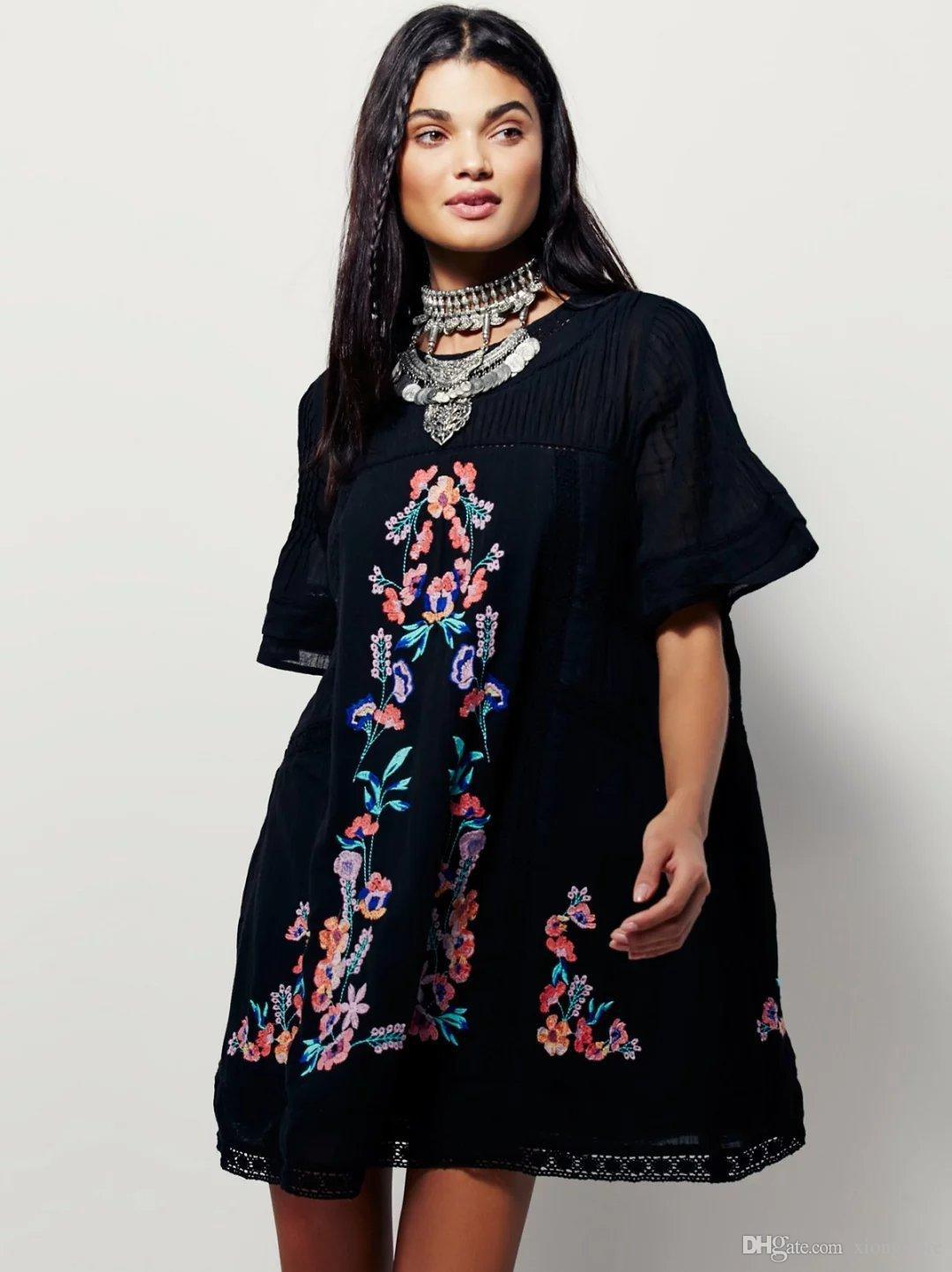 Vestido boho negro floral