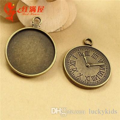28MM Fit 25MM Bronze antico Il tempo inferiore movimento centrale della gemma del movimento centrale, numeri greci orologio fascino bianco, vassoi ciondolo orologio